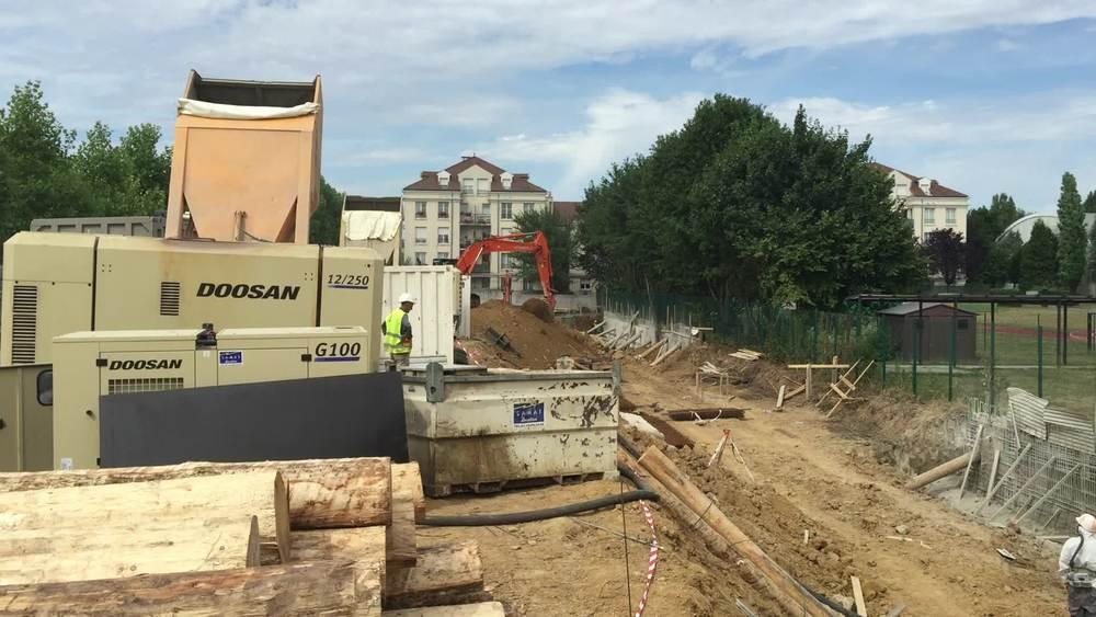 Terrassement et réalisation des voiles contre terre