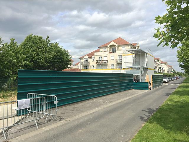 Installation des clôtures de chantier