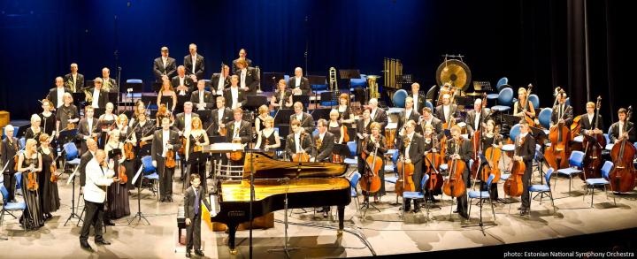 Tengku Irfan with Maestro Neeme Järvi & Estonian National Symphony Orchestra 2011