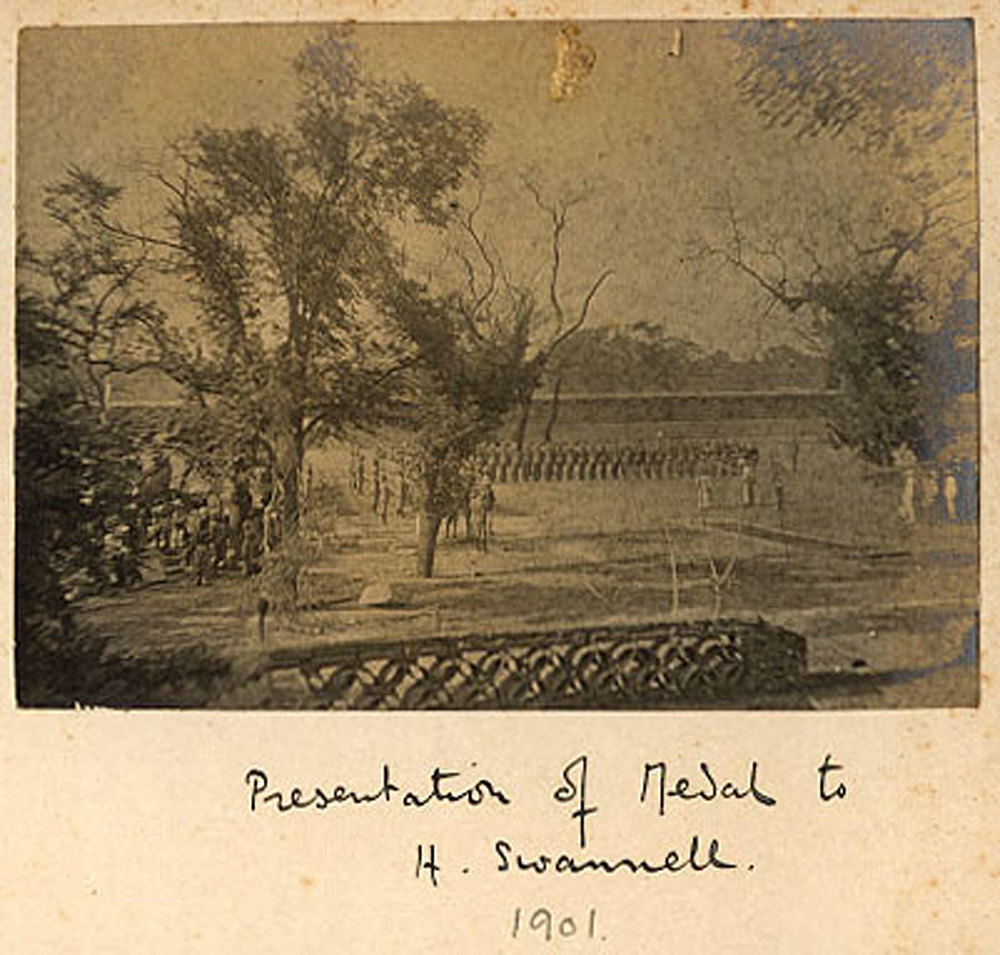 giles1161_1901_MedalSwannell.jpg