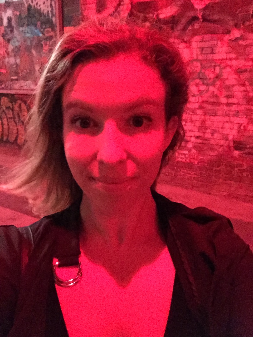 Very red selfie near da club.