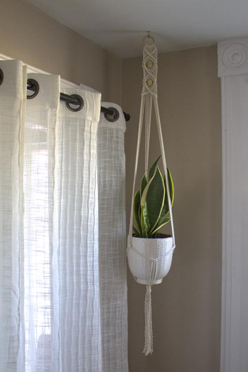 Big-Beaded-Plant-Hanger.jpg