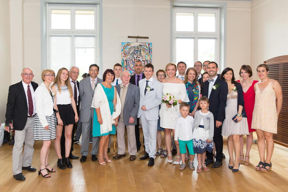 f_paris-wedding-guests-1.jpg