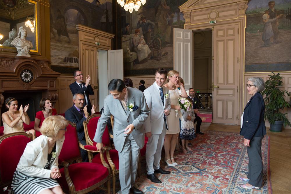 f_paris-wedding-guests-3.jpg