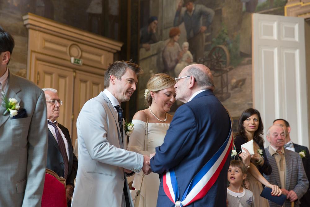 f_paris-wedding-guests-7.jpg