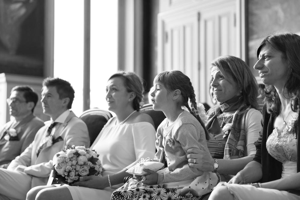 g_happy-paris-wedding-guests-2.jpg