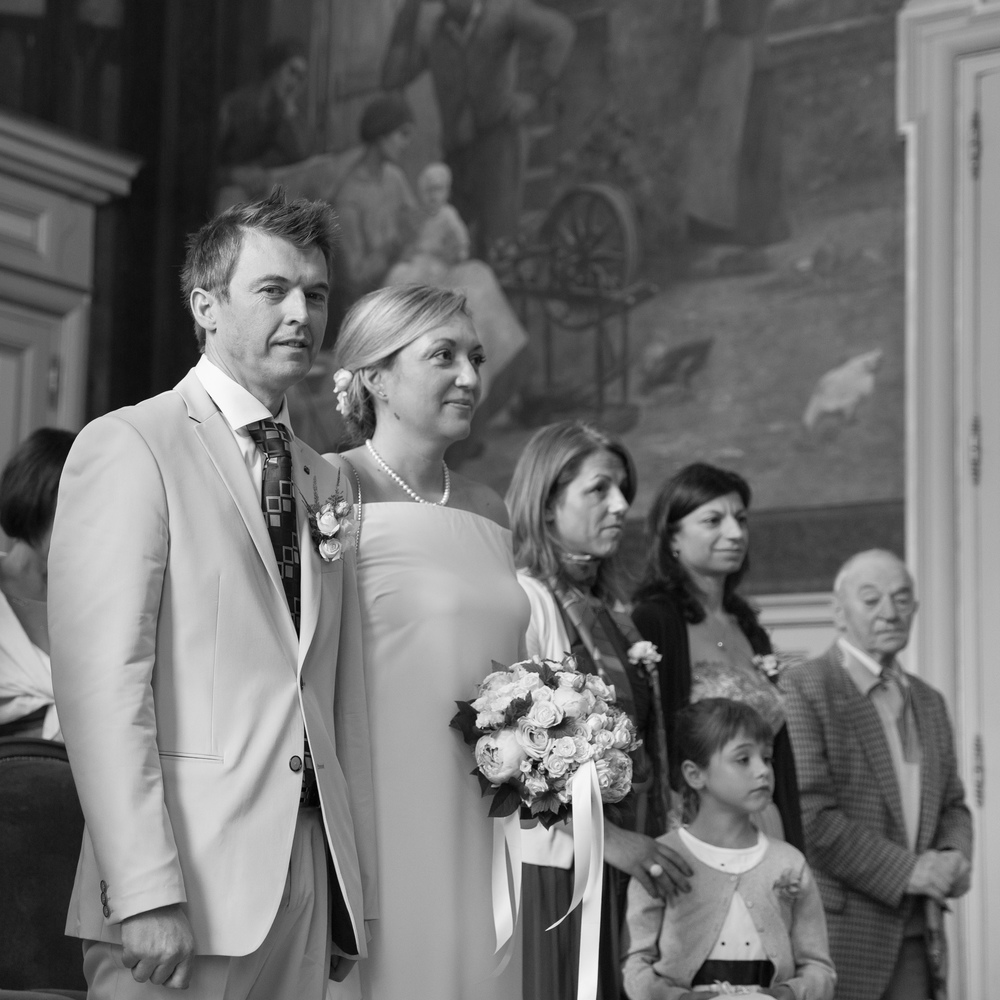 g_happy-paris-wedding-guests-10.jpg