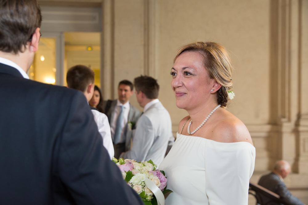 k_wedding-photographer-taking-photo-9.jpg