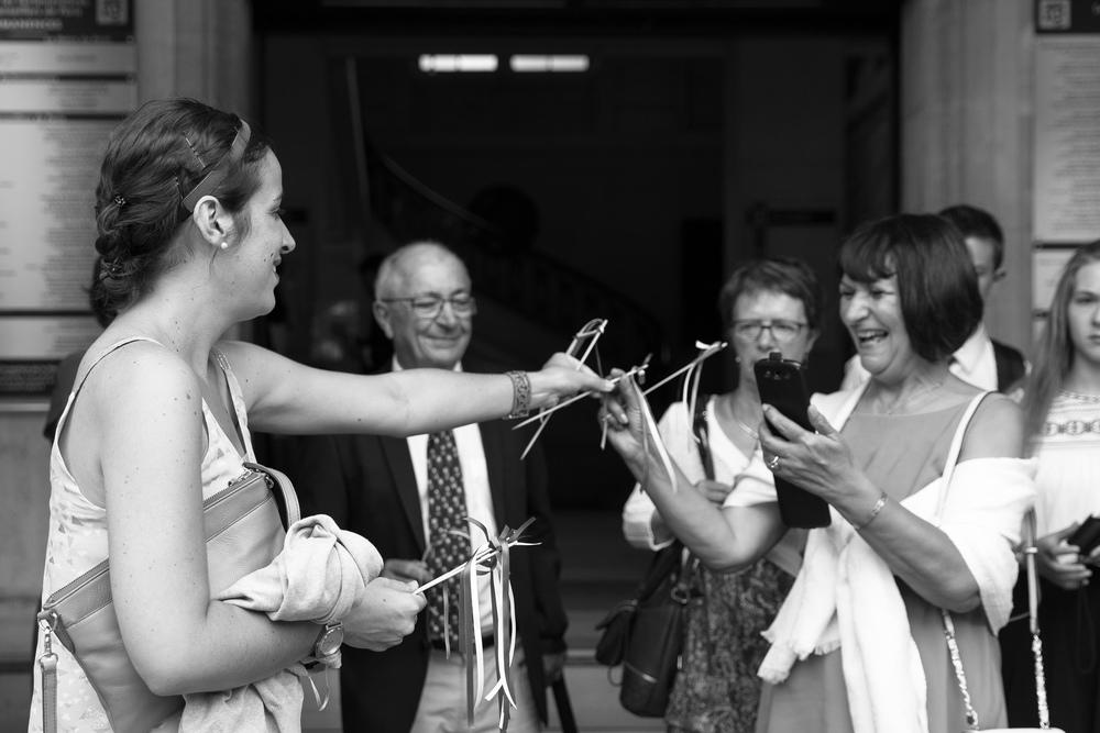l_beautiful-paris-wedding-6.jpg