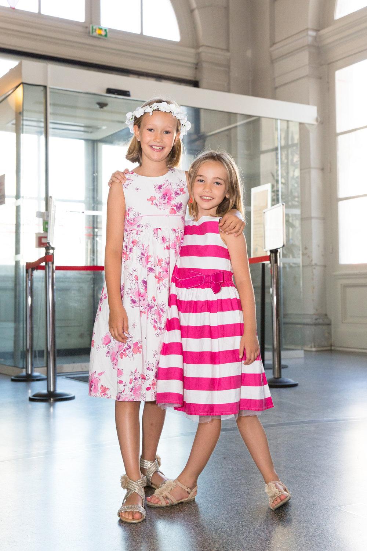4937-guests-at-paris-mairie-wedding.jpg