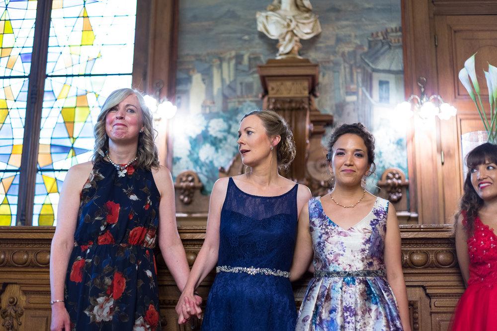 5160-lesbian-wedding-ceremony-paris.jpg