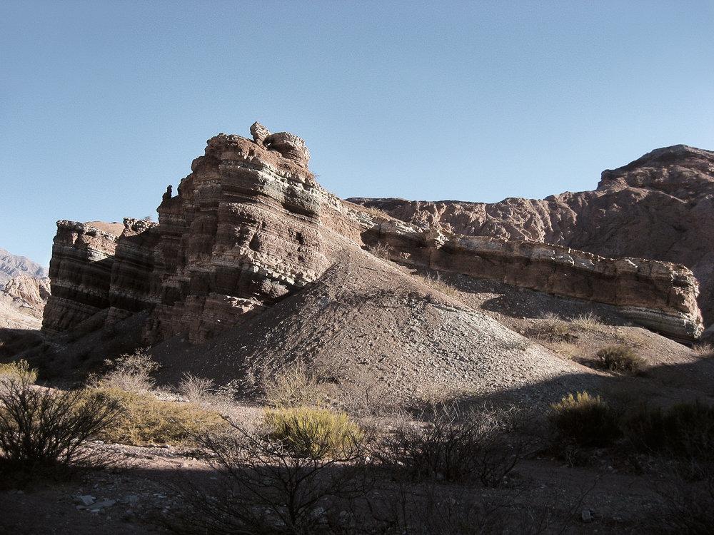 cafayate_tour-quebrada_part1-1000-_layered-rock-formation.jpg