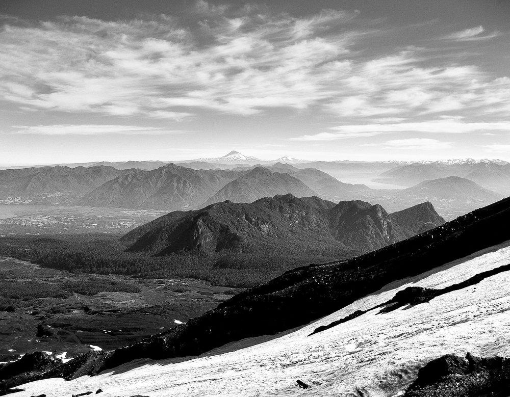 pucon_villarrica_volcano-excursion-248-_view-climbing-volcano.jpg