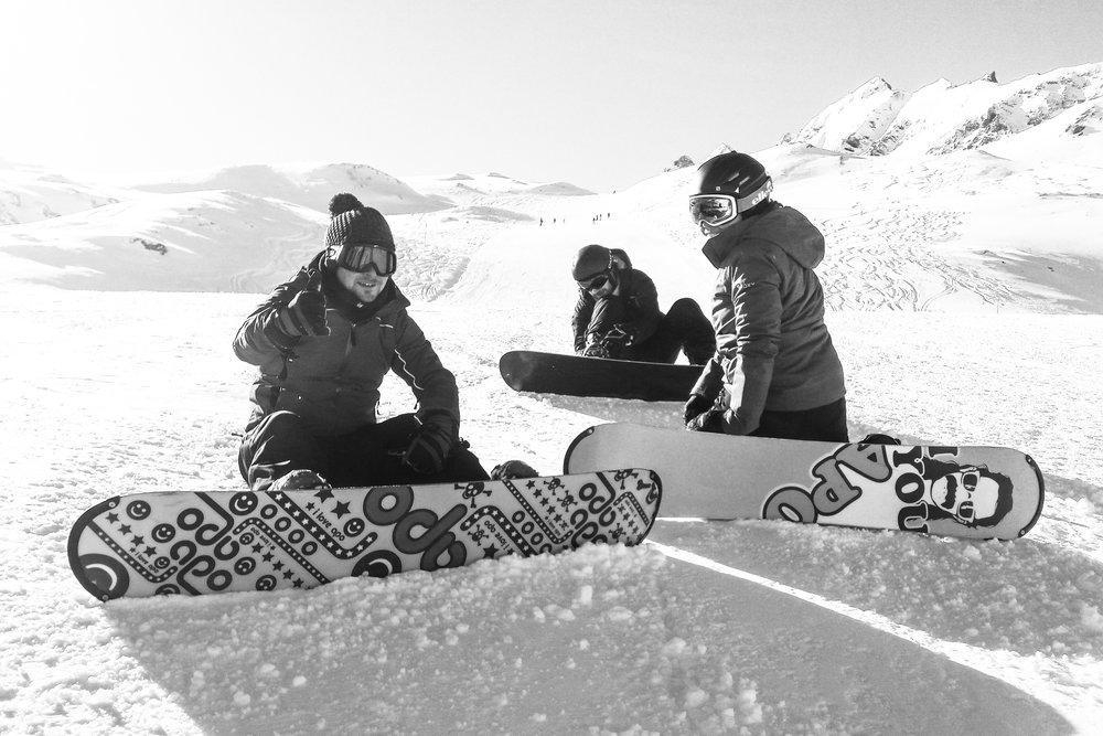 105443-val-d'Isère-snowboarding-ucpa.jpg