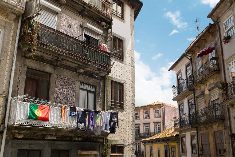 5422-portuguese-architecture-lisbon-porto.jpg