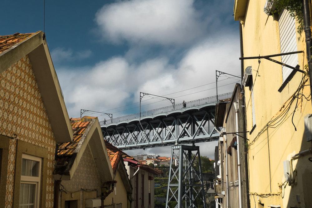 5892-portuguese-architecture-lisbon-porto.jpg