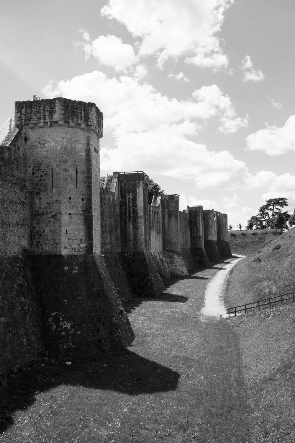 1233-provins-historical-architecture.png