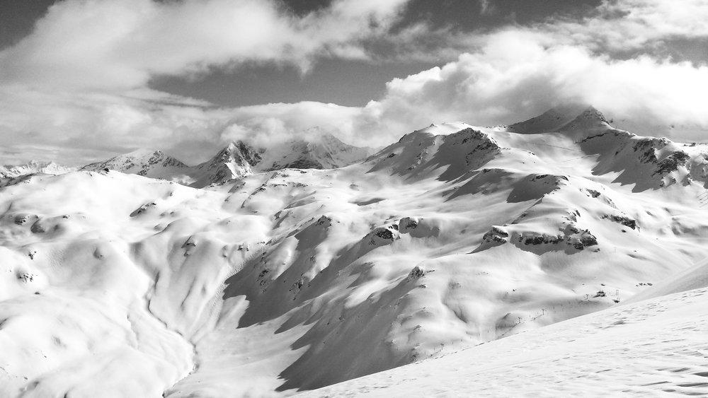 110529-snowboarding-photographer.jpg