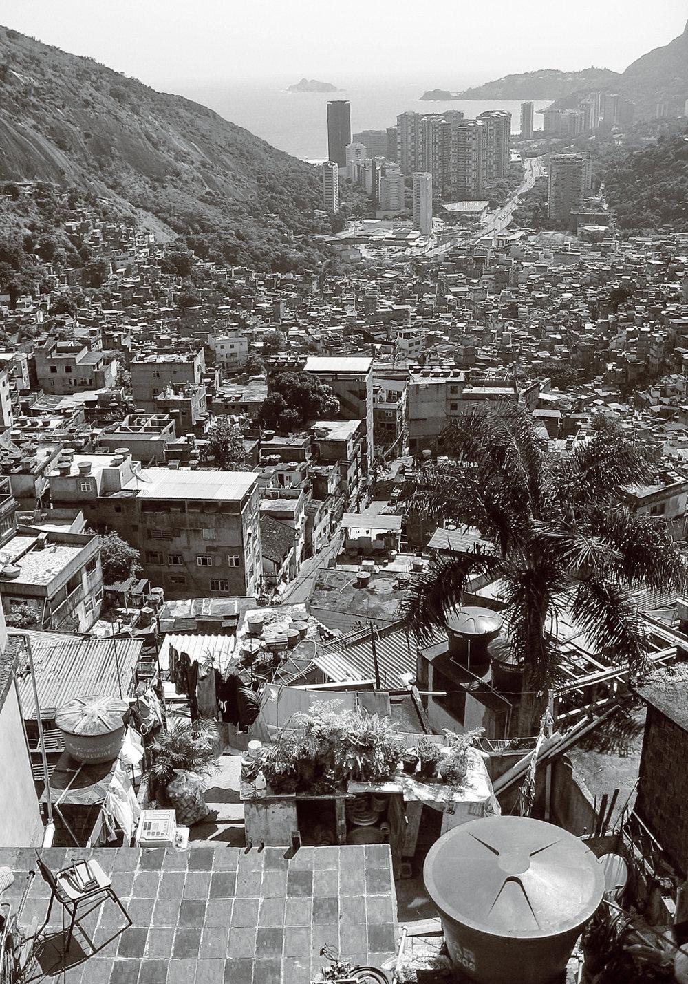 rio_rochina_favela-tour-311-rooftop-view-towards-coast.jpg
