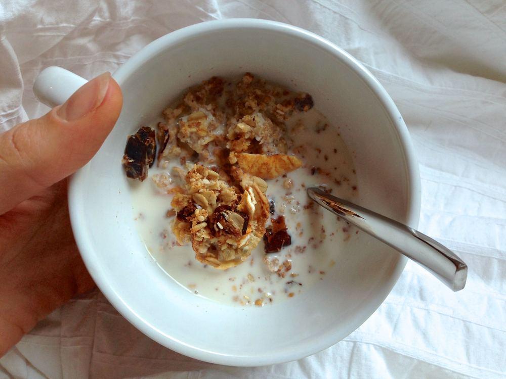 Homemade-crunchy-granola