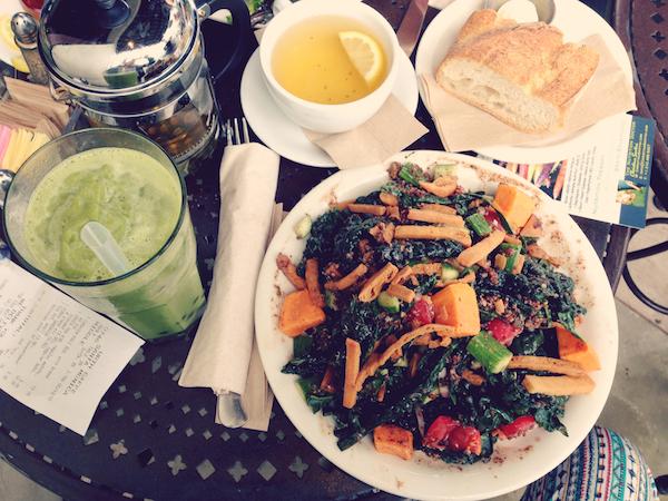 Urth-Kale-salad