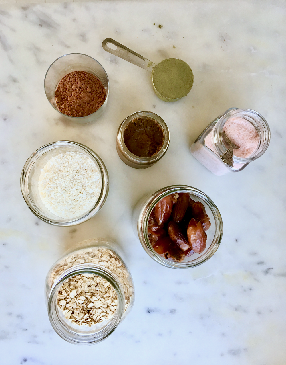 Oats-Coconut-Dates-Salt-Hemp-Protein.png