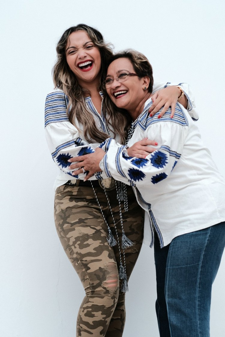 mama y alexa.jpg