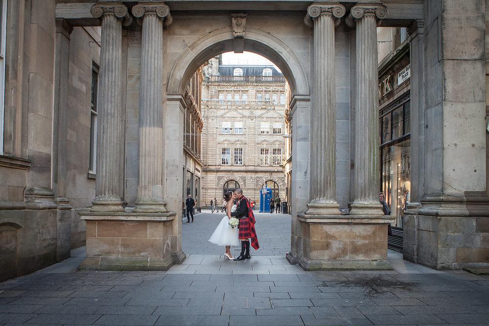 Glasgow Wedding , by Doran Photographyy