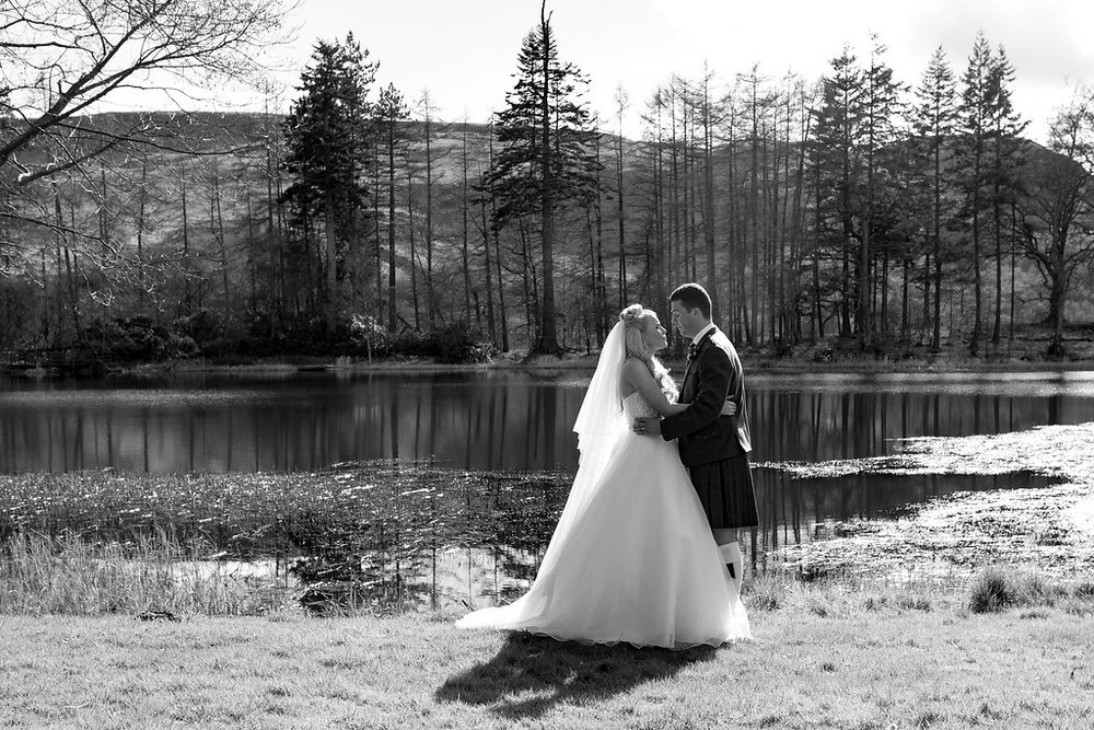 Black & White wedding Photo by Doran Photography