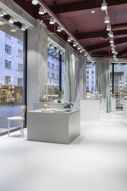 Glass Thomsen Flagship Store Bergen by Brunner Studio Photo by Enok Holsegaard 01.jpg