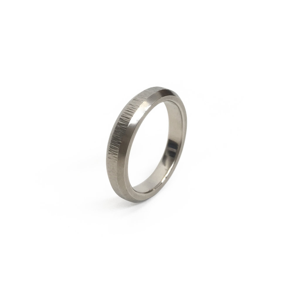 14k White Gold Faceted and Textured Band