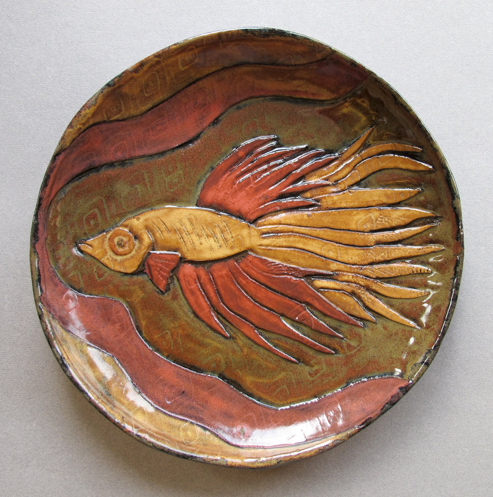 YELLOW AND RED FISH PLATE