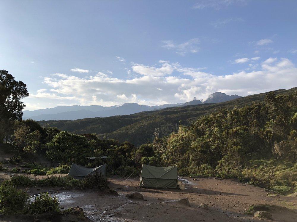 MACHAME CAMP 2835 Meter AMSL
