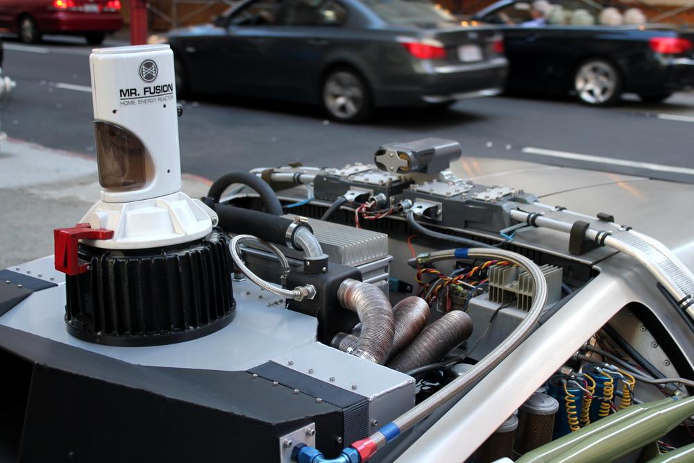 DeLorean_DMC-12_Time_Machine_-_Mr._Fusion.JPG