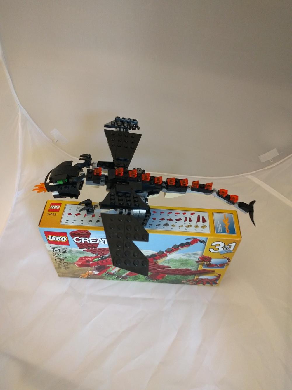 LEGO 31032 black MOC 4