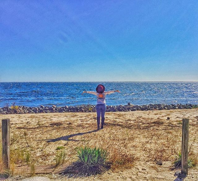 For the past few Octobers we have been taking a long weekend trip to the Jersey Shore. The place has really grown on me and I find myself looking forward to the trip the second I see the first fall worshipper clutching a PSL 😊 Do you have a standing annual trip? Where do you go? . . .  #expatlife #expat #unitedstates #newjersey #lovewhereyoulive #love #nomad #explore #journey #globaltravel #worldtravel #relocate #wander #wanderlust #travelabroad #expatlife #liveglobal #abroad #travel #moveabroad #move #newcontinent #onewayticket #travel #traveltuesday #fall #pumpkinspicelatte #psl #starbucks #jerseyshore #travelphotography #traveltips