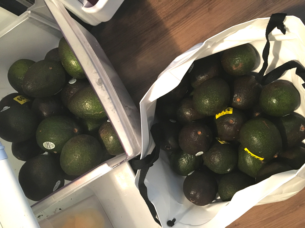 The Creating Substance founder takes juggling -- and the purchase of avocados -- to a whole new level.