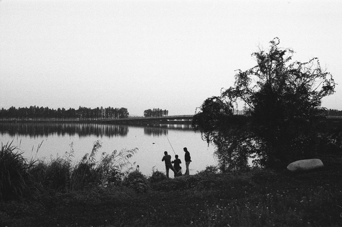 Anglers  East Lake, Wuhan  Spring 2015         Inkjet Print on Fine Art Paper/ Silver Print, 28 x 35.5 cm/ 51 x 61 cm