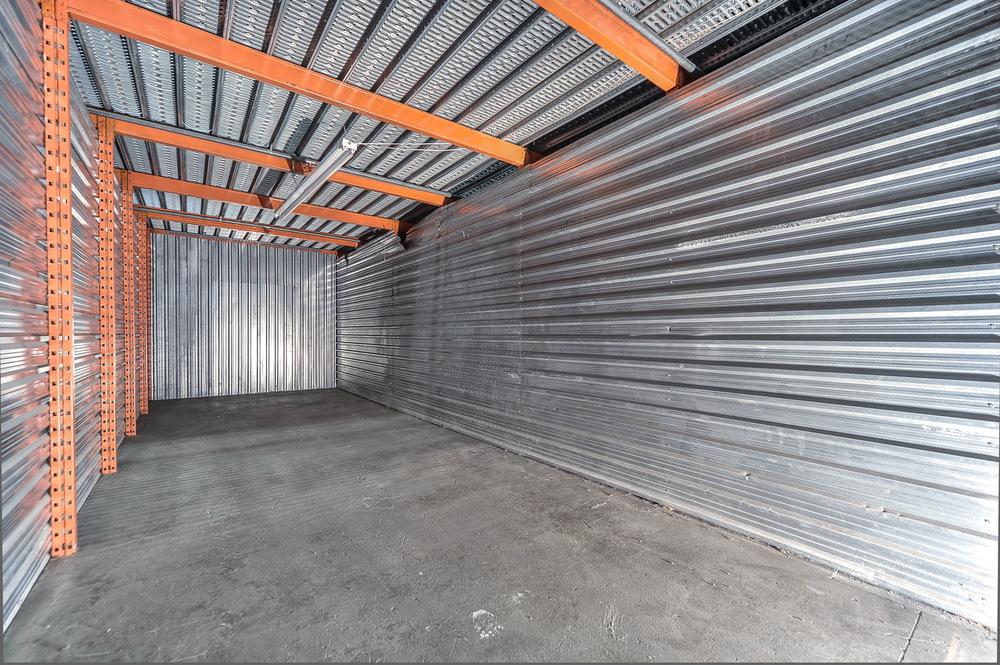10 x 35 (+/-350 pieds carrés)