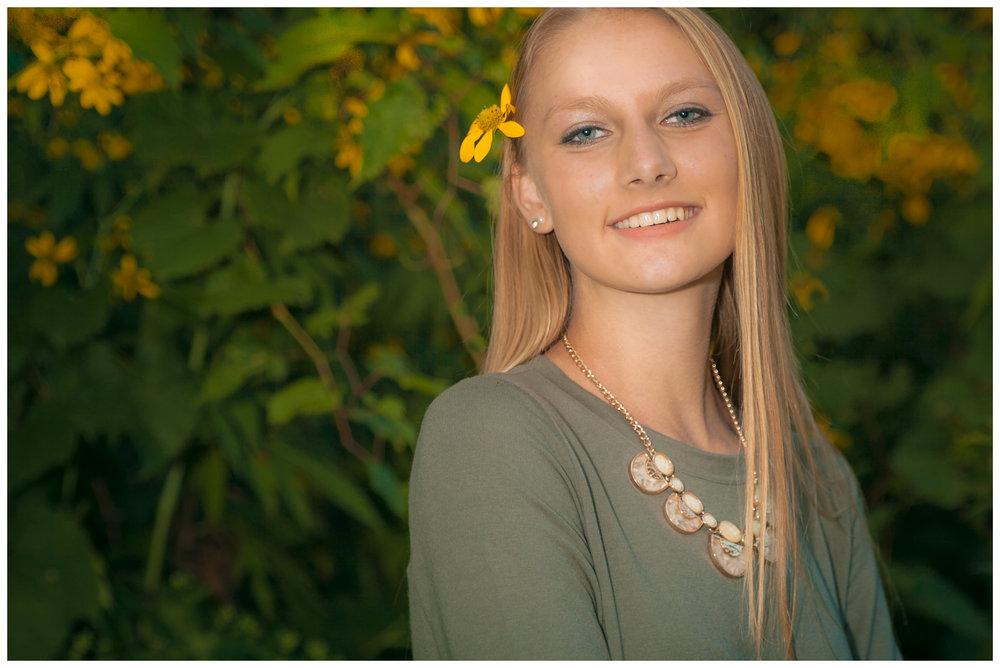 Senior Portrait Paige-04.jpg