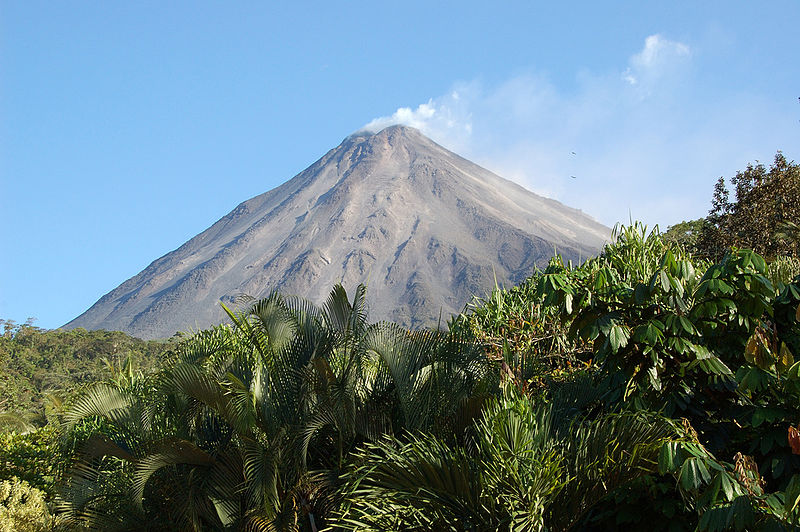Costa Rica's Arenal Volcano, close to where a new geothermal plant will begin construction in 2018. ( source )