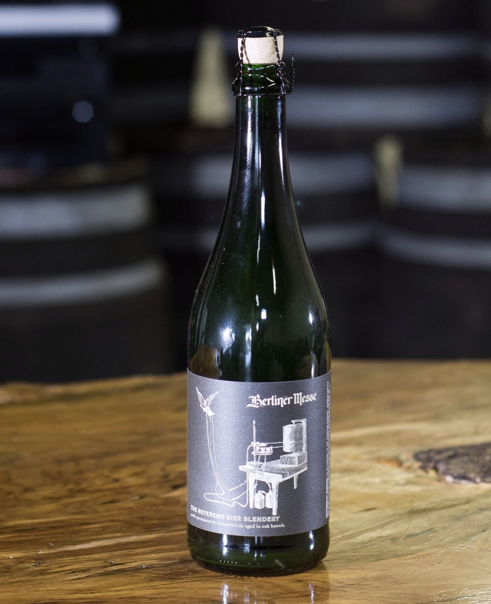 Berliner Messe - Served both blended and unblended, on cask and in bottles, this fully spontaneously fermented pale wheat ale matures for many months in neutral oak barrels.