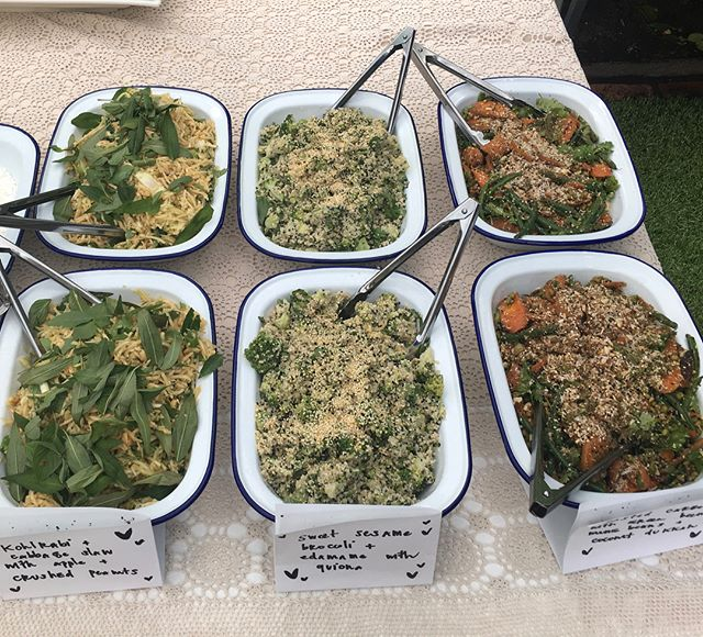 The tasty sides from today's Indian inspired vegetarian wedding menu: ▫️Kohlrabi and cabbage slaw with apple and crushed peanuts ▫️Sweet sesame broccoli and edamame with quinoa ▫️Roasted carrots with green beans, mung beans and coconut dukkah
