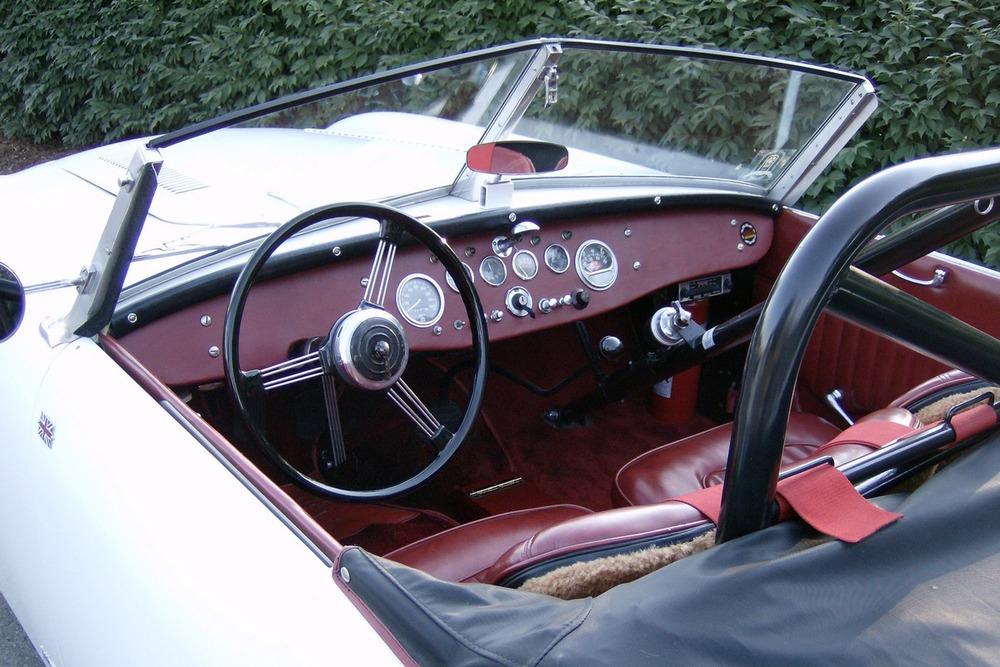 3166 interior rear HPIM0631.jpg
