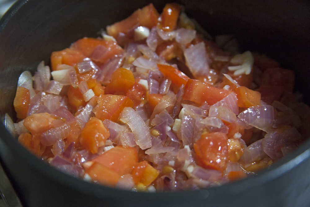 Tomatoes, onion, garlic.jpg