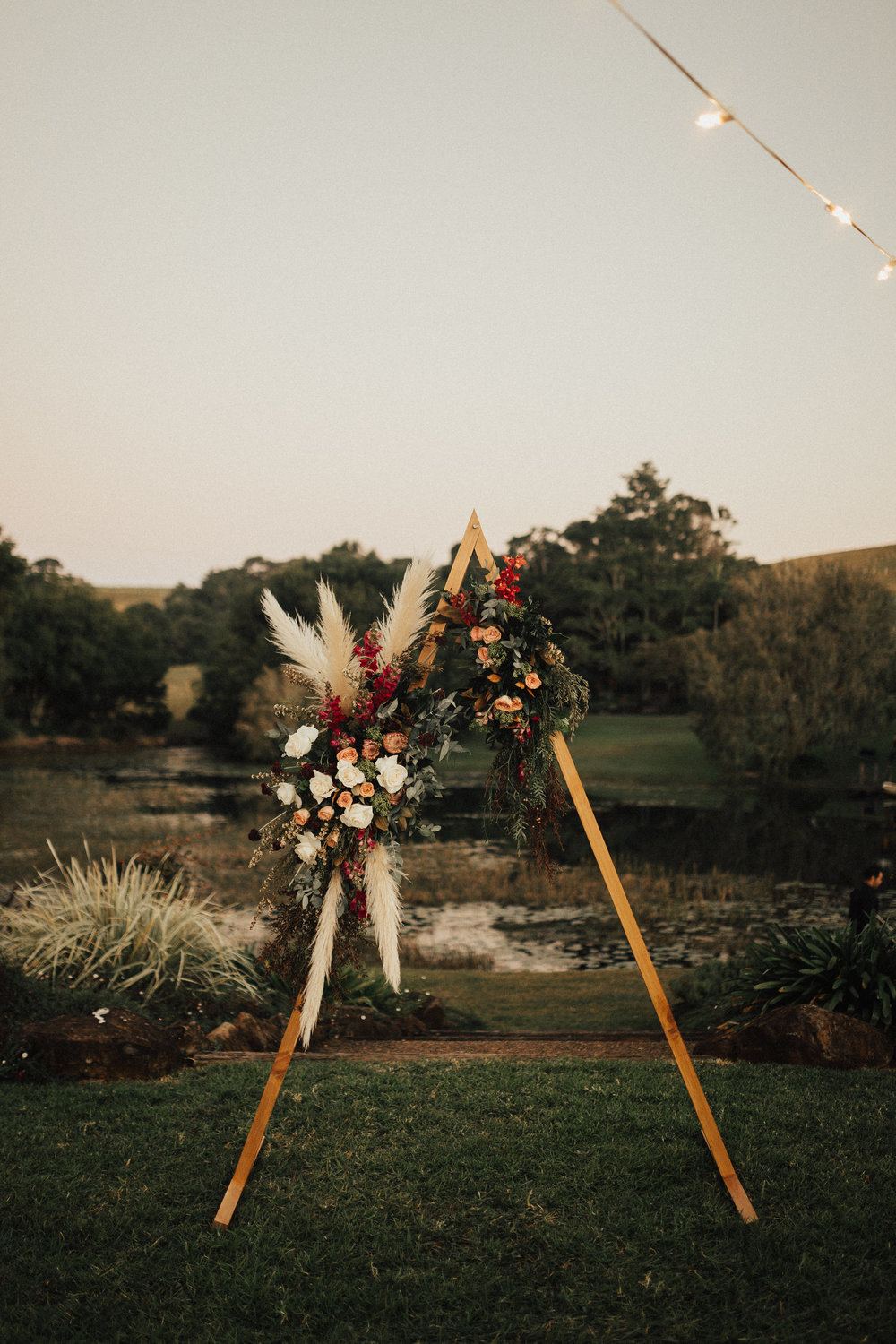Venue - Forget Me Not | Florals - Unveiling Poppy | Photo - Annie Rubyy