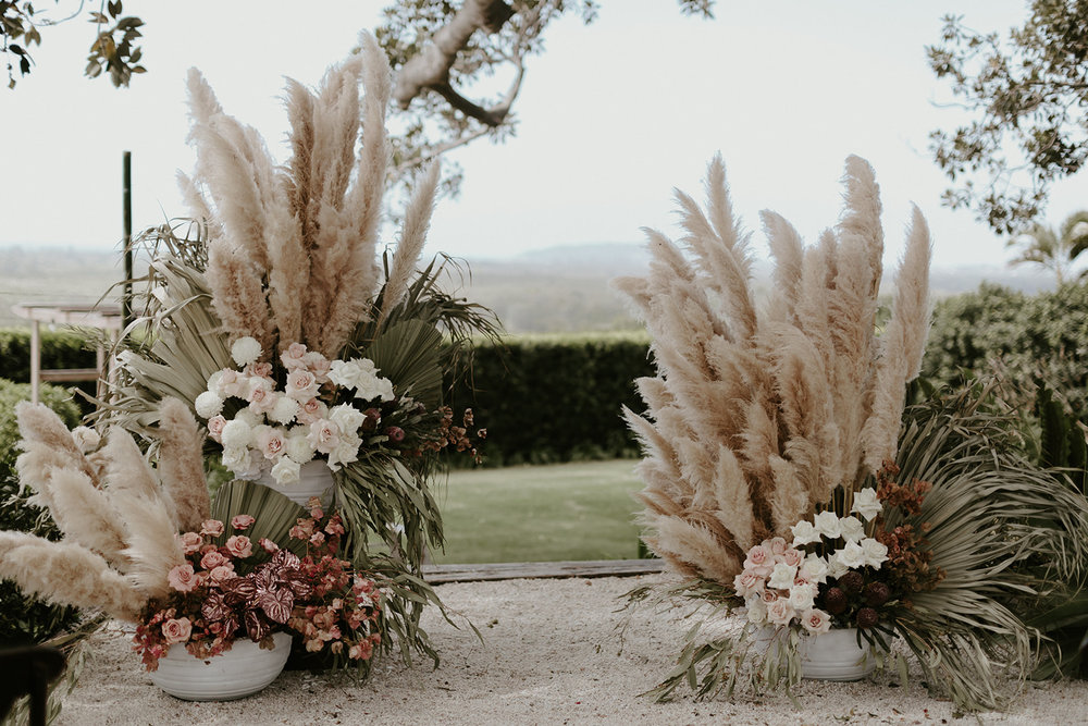 Florals - Wilderness Flowers | Photo - Zoe Morely Photography