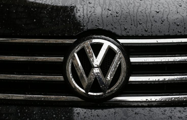 volkswagen-car-badge.jpg