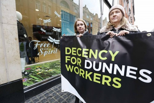 anti-apartheid-dunnes-workers-630x420.jpg