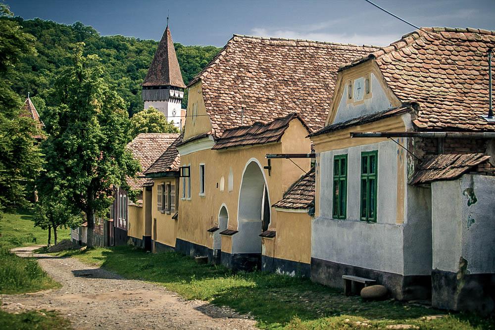 TRANSYLVANIAN SPRING - 4-9 May 2018 - £1,250 per personA 5-night cycling & walking journey through theenchanting Saxon villages of southern Transylvania.